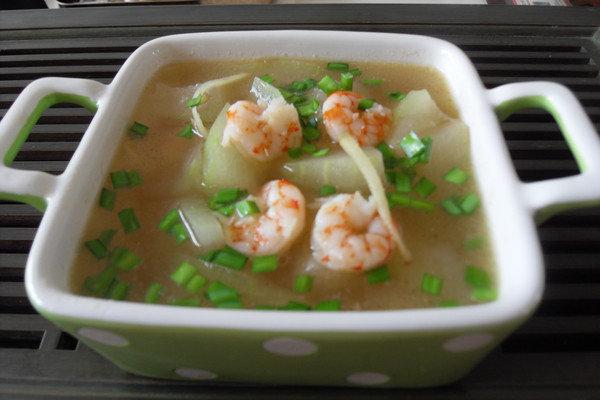 既减肥又降胃火的好汤水:冬瓜虾仁汤