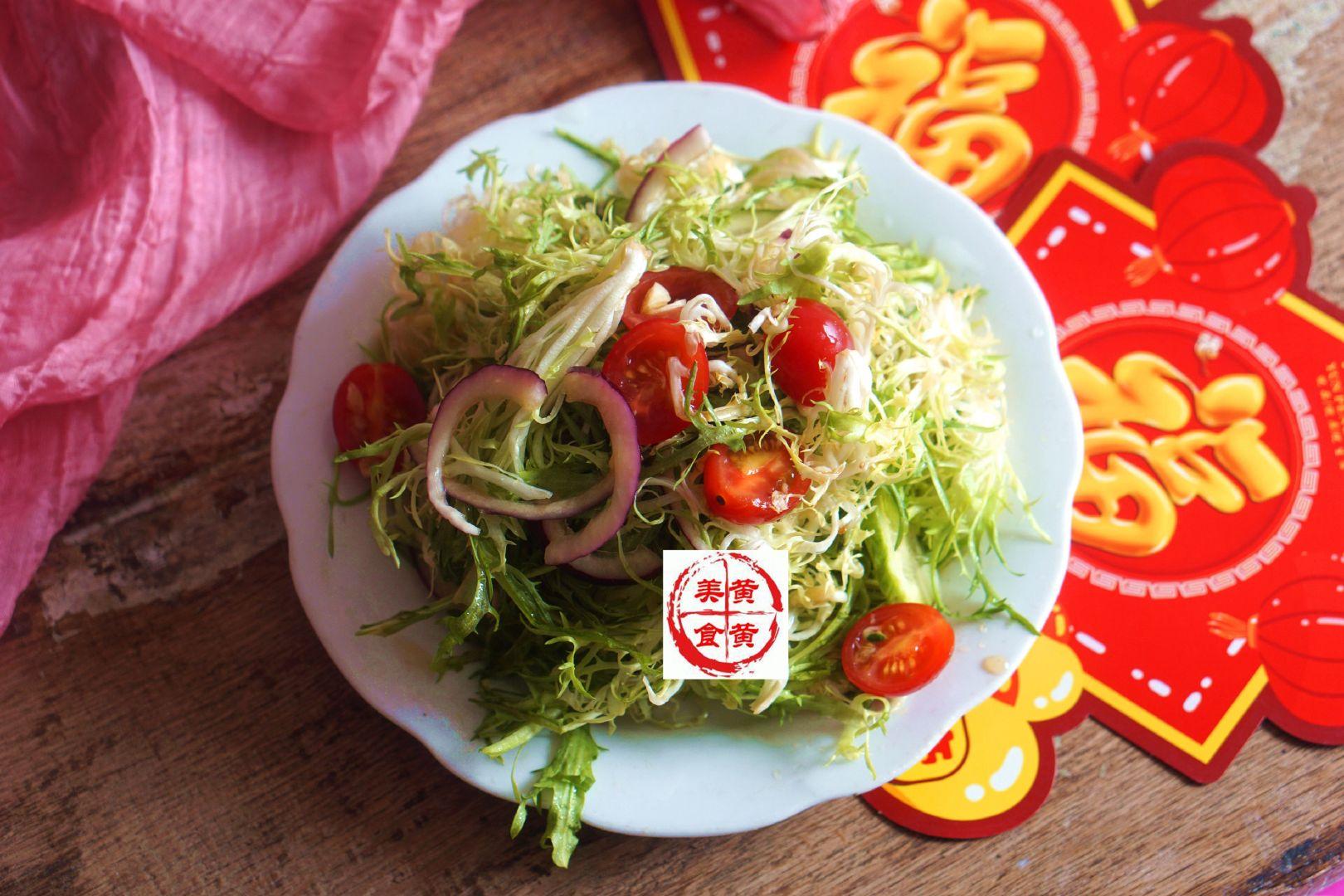 凉拌苦菊:做法简单,开胃解腻