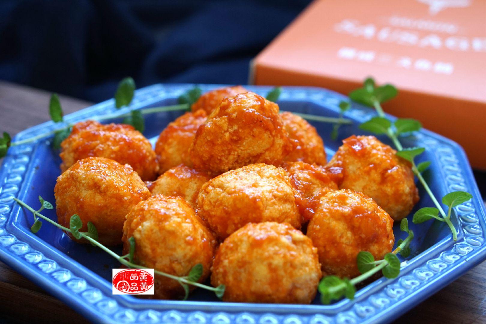 茄汁豆腐丸,豆腐和三文鱼搭配,营养有了新高度,上桌10秒钟被抢光