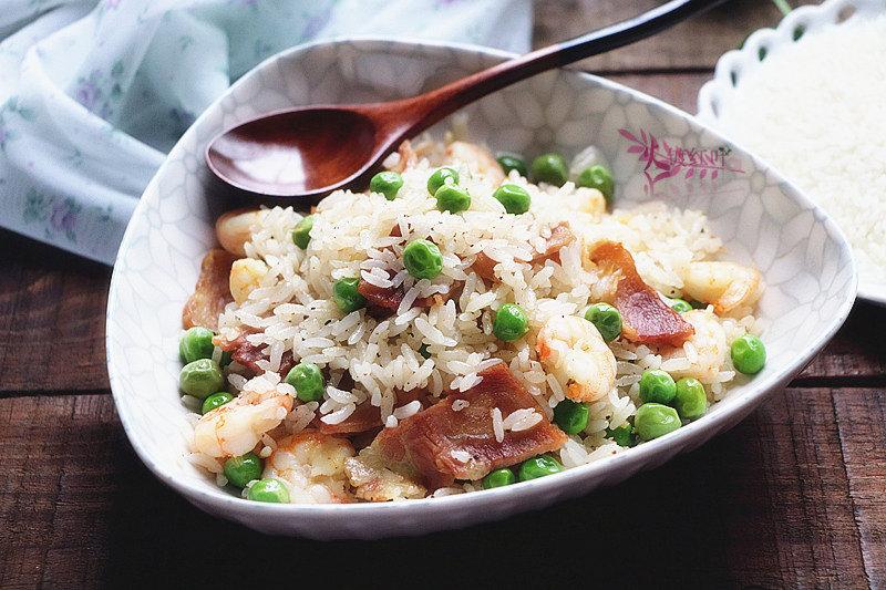 好吃的炒饭要这样做,粒粒都润泽,颗颗有嚼劲,做法详细分享