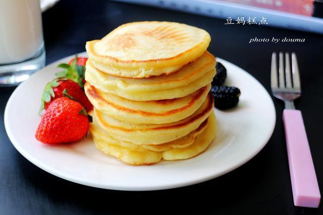 早餐不发愁!一个平底锅,5分钟搞定三个孩子的营养早餐~