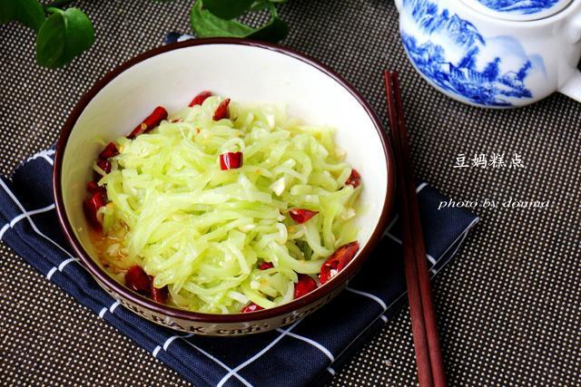 最近,每天都想吃的凉拌菜,生着吃不用炒,又脆又爽口