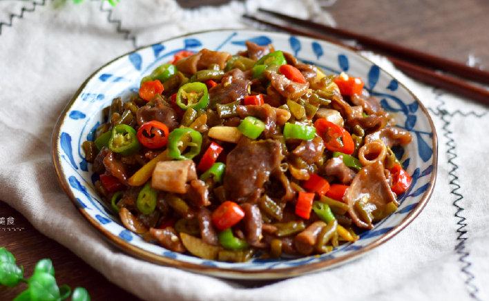 别总吃花生米了,分享4道下酒菜,香辣开胃还下饭,一吃准上瘾