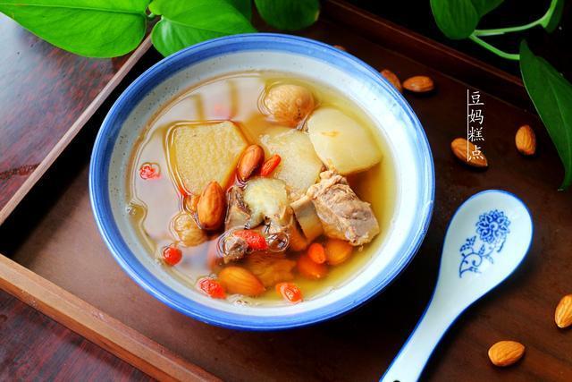 立秋后多喝汤,教你水果排骨汤的做法,清甜可口,滋阴润肺
