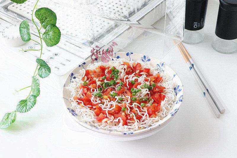 番茄蒸米粉:只需放蒸箱蒸10分钟即可