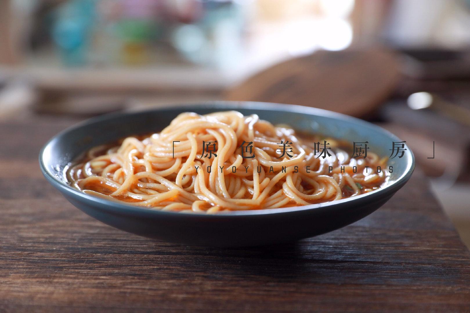 懒人最爱的主食,酸辣开胃,一碗根本不够