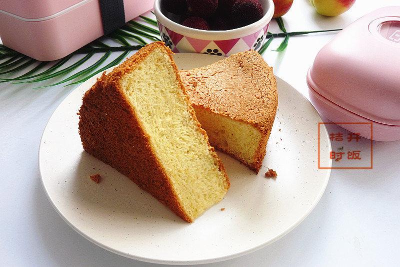 蛋糕加了种被叫做维生素仓库的粗粮,营养含量高,口感香软又好吃