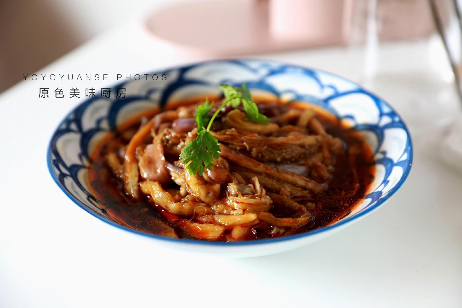 茄子这么做不油不腻,简单一做就能上桌,大热天最方便的吃法