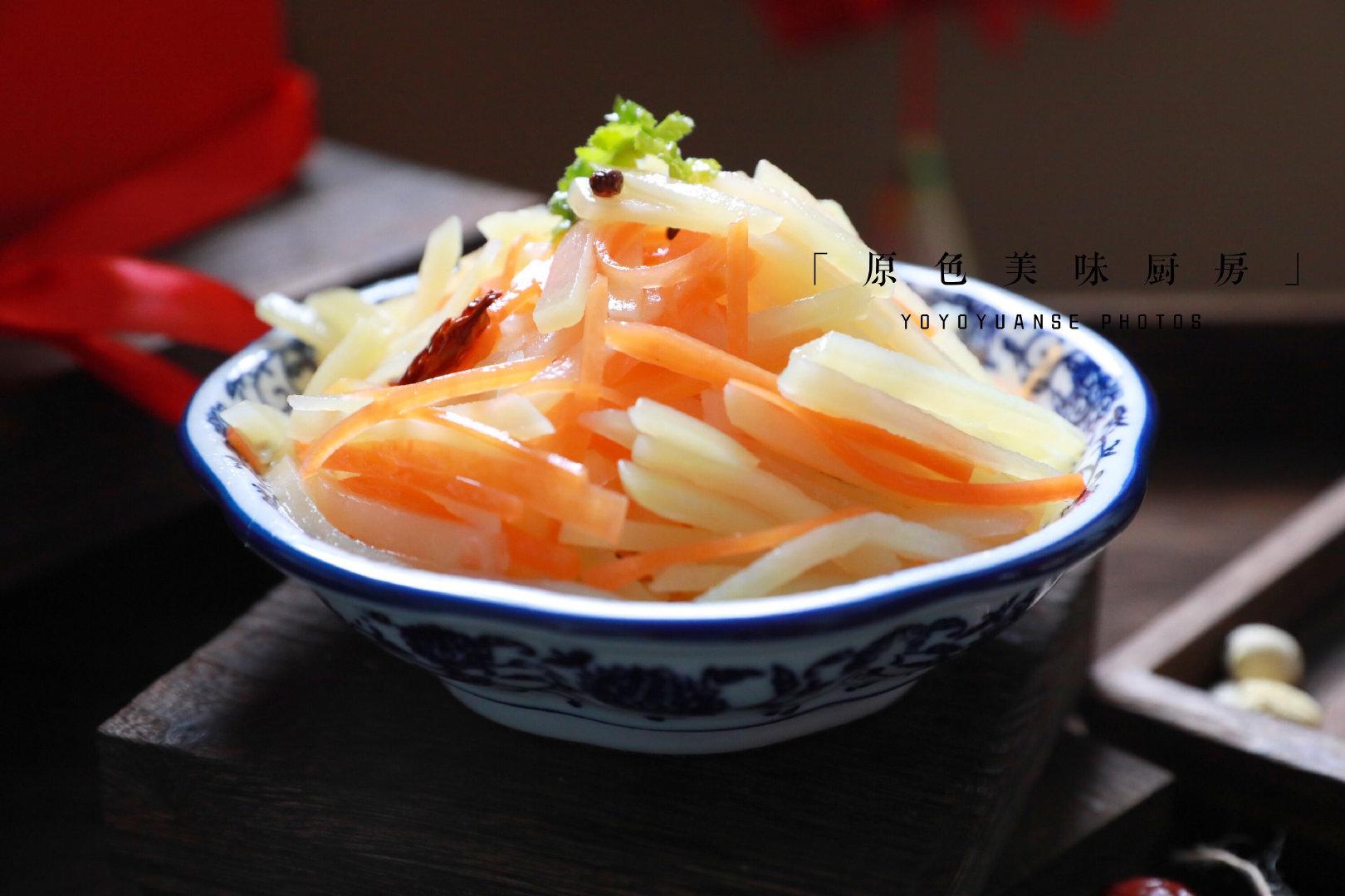 这道菜清清爽爽,简单小菜也不失美味,常吃通便排毒