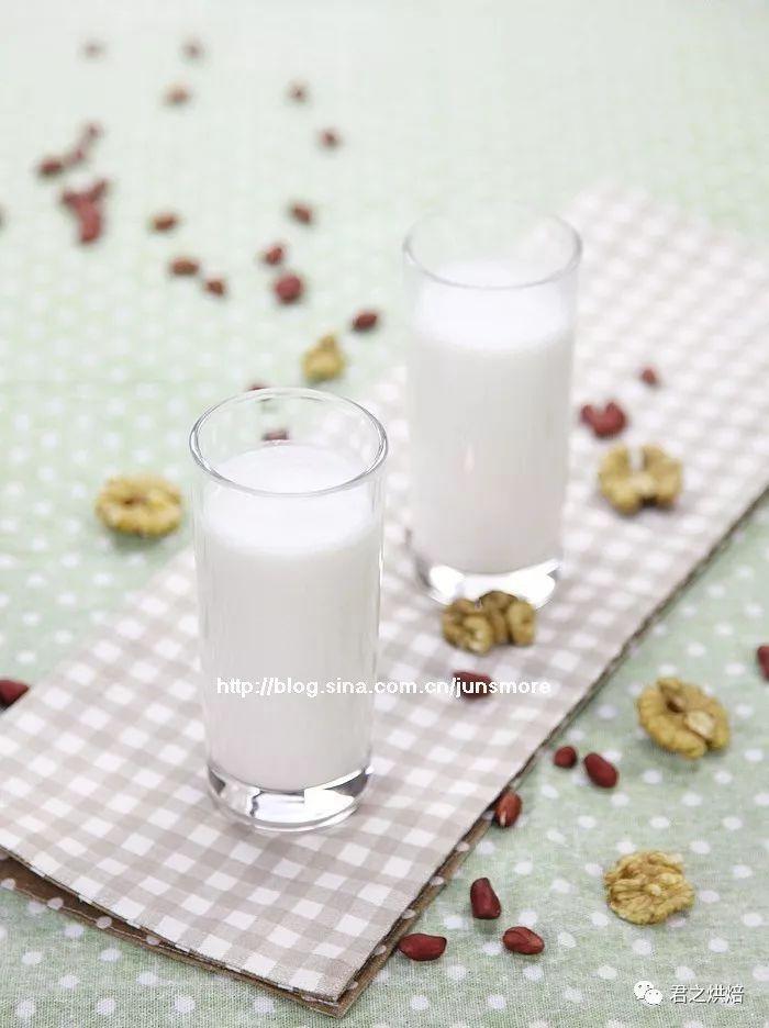 充满活力的一天,从一杯花生核桃牛奶开始 | 西屋特约食谱