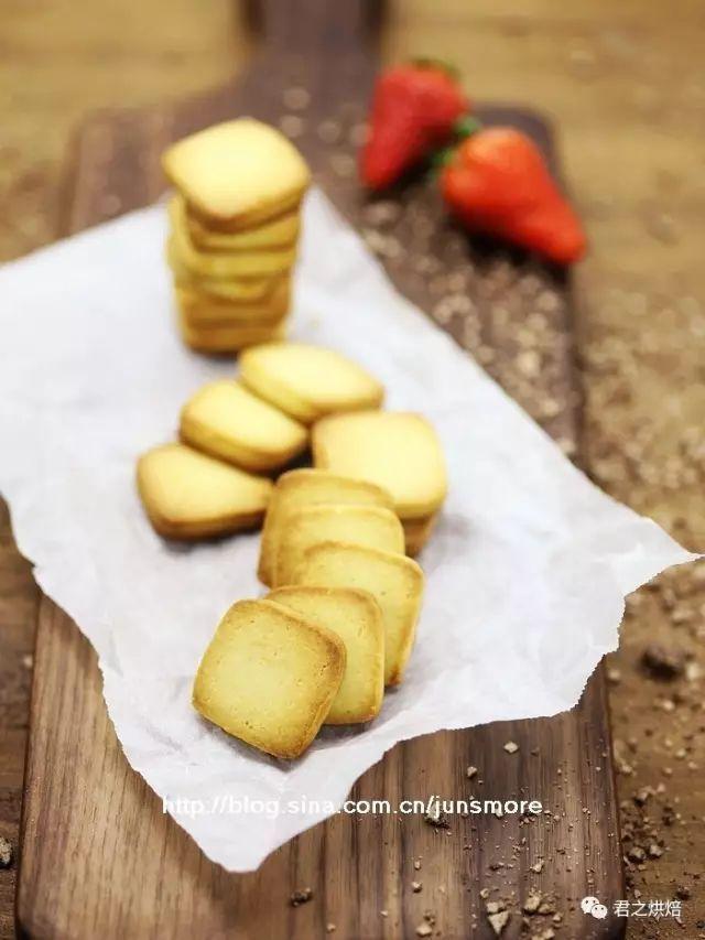 只有四种配料的炼奶小饼干,春游带上它吧!