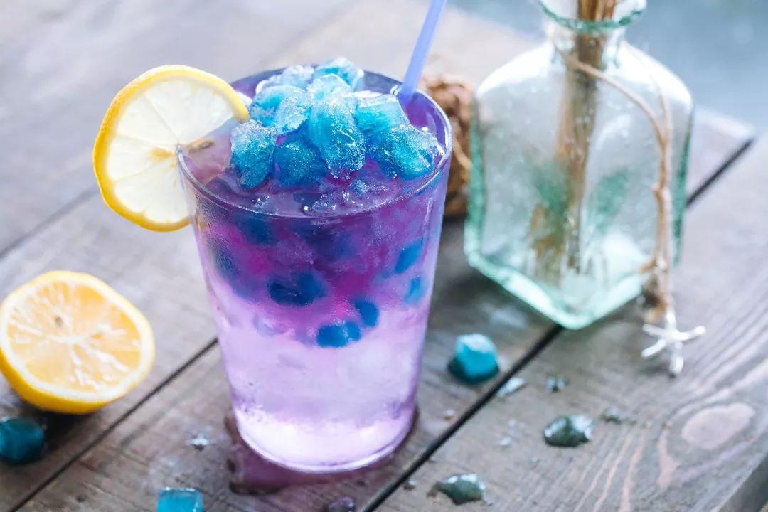就算是喝肥宅快乐水!也不能随随便便的喝,一定要喝的有仪式感!
