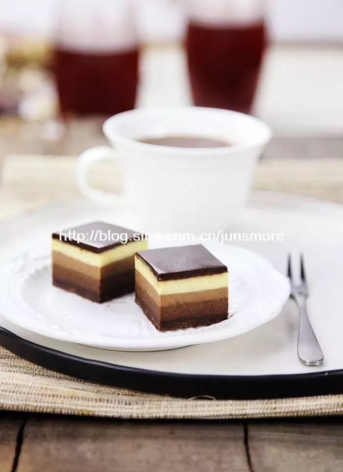 好多层的芝士蛋糕,最是诱人   巧克力芝士蛋糕