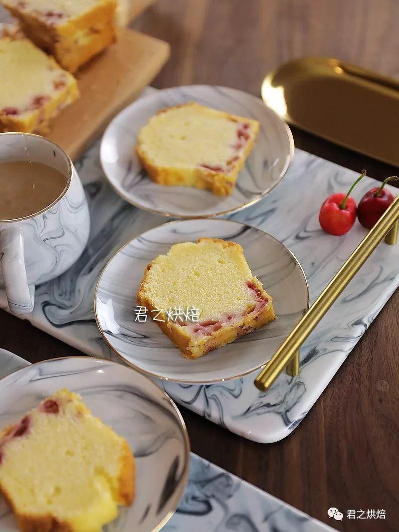 想要热量更低,做起来简单到不行的樱桃蛋糕?