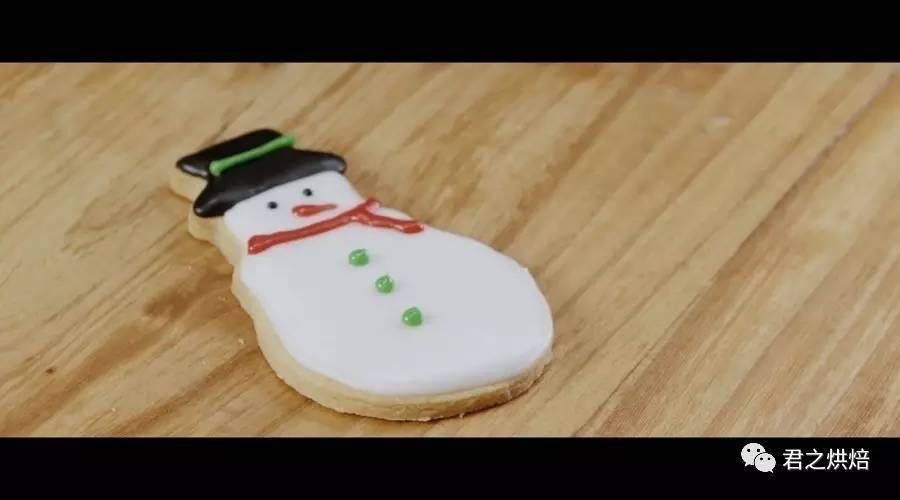 提前预热圣诞,糖霜圣诞小饼干走起来 | 视频