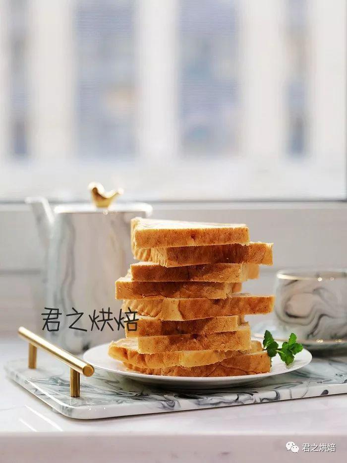 有了这款全麦切片面包,健康营养的早餐就有了!