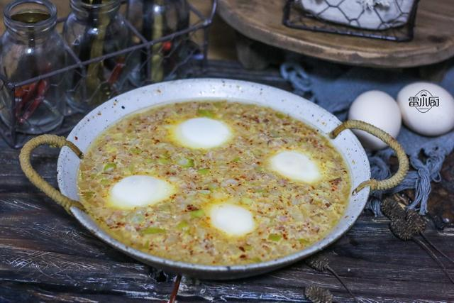 卧鸡蛋:蒸一蒸就上桌,回回都光盘!