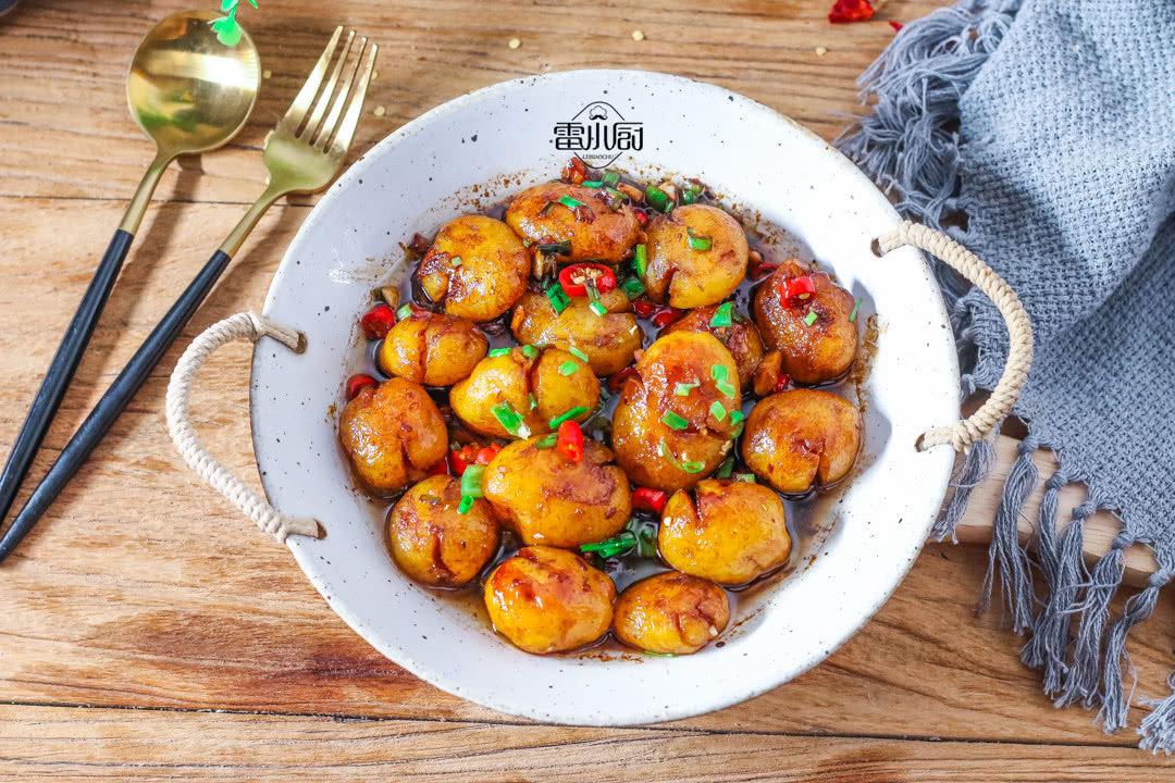土豆最最最好吃的做法,一顿饭吃了15个,吃到打嗝还想吃!