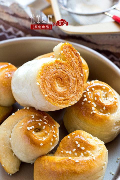 脆底蜂蜜小面包:色泽诱人味道香甜
