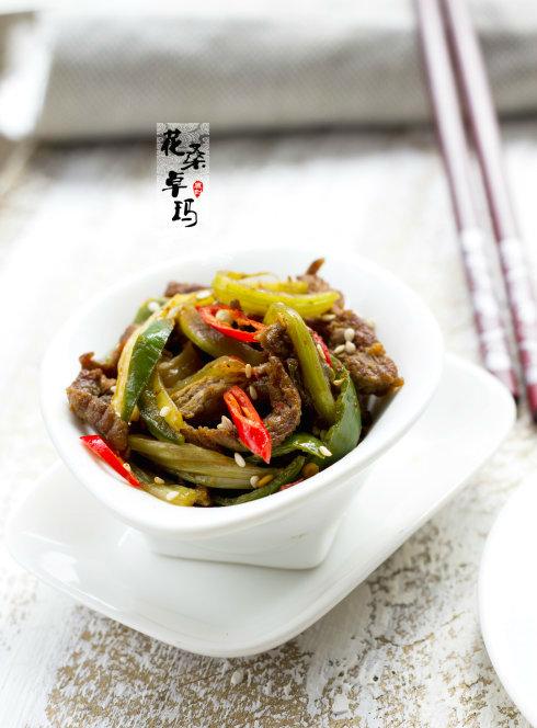 辣煸牛肉丝:男人们的下酒菜,女人们的下饭菜