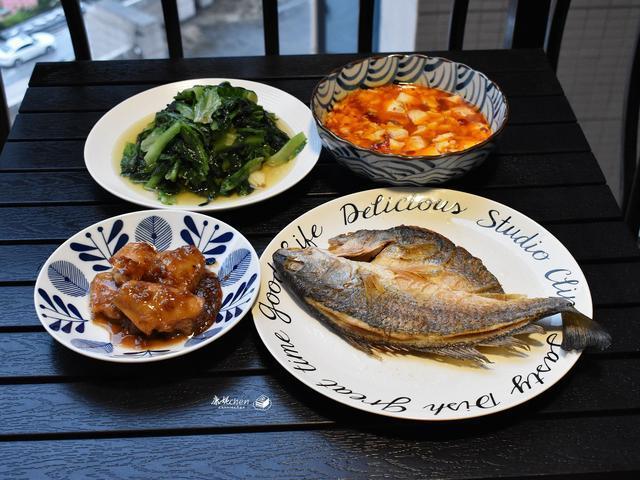 下班回家,我做了4道家常菜,简单却很好吃,老公夸我勤俭持家