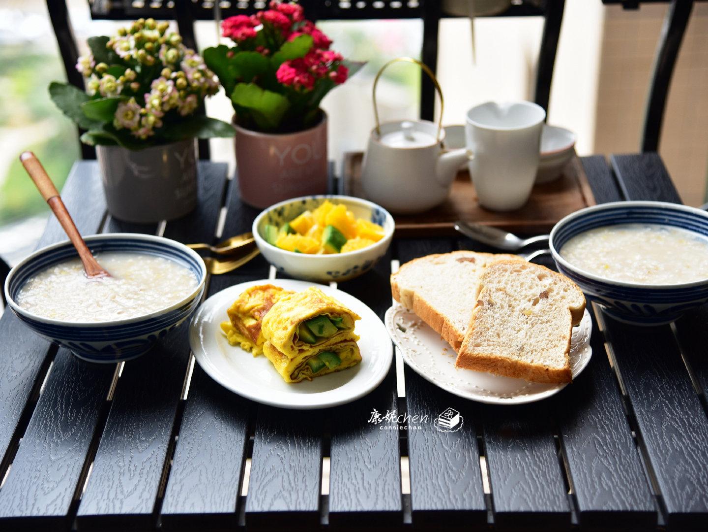 周日早起,认真做早餐,其中一个家人都夸有创意,馋哭隔壁孩子