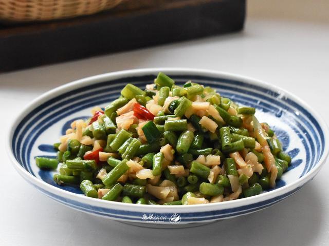 天气热家人吃不下饭,炒了这菜,家乡的味道,有这菜都嫌米饭少了