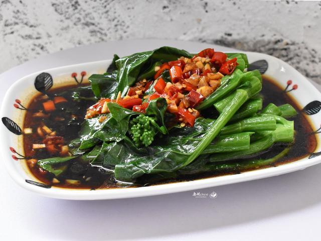 春天多吃菜少吃肉,凉拌青菜多这步,爽口脆嫩,端上桌家人给满分