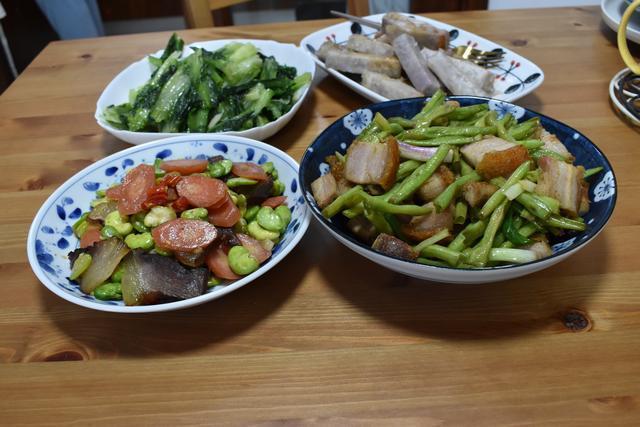 晚餐老公做了4道家常菜,各有特色,吃得心满意足,胖3斤都愿意