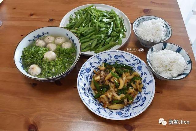 立秋后我家晚餐这样吃,清热健脾低热量,2菜1汤,比叫外卖实惠
