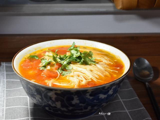 花十多分钟做这汤菜,简单方便又营养,味道鲜美,孩子多吃体质好