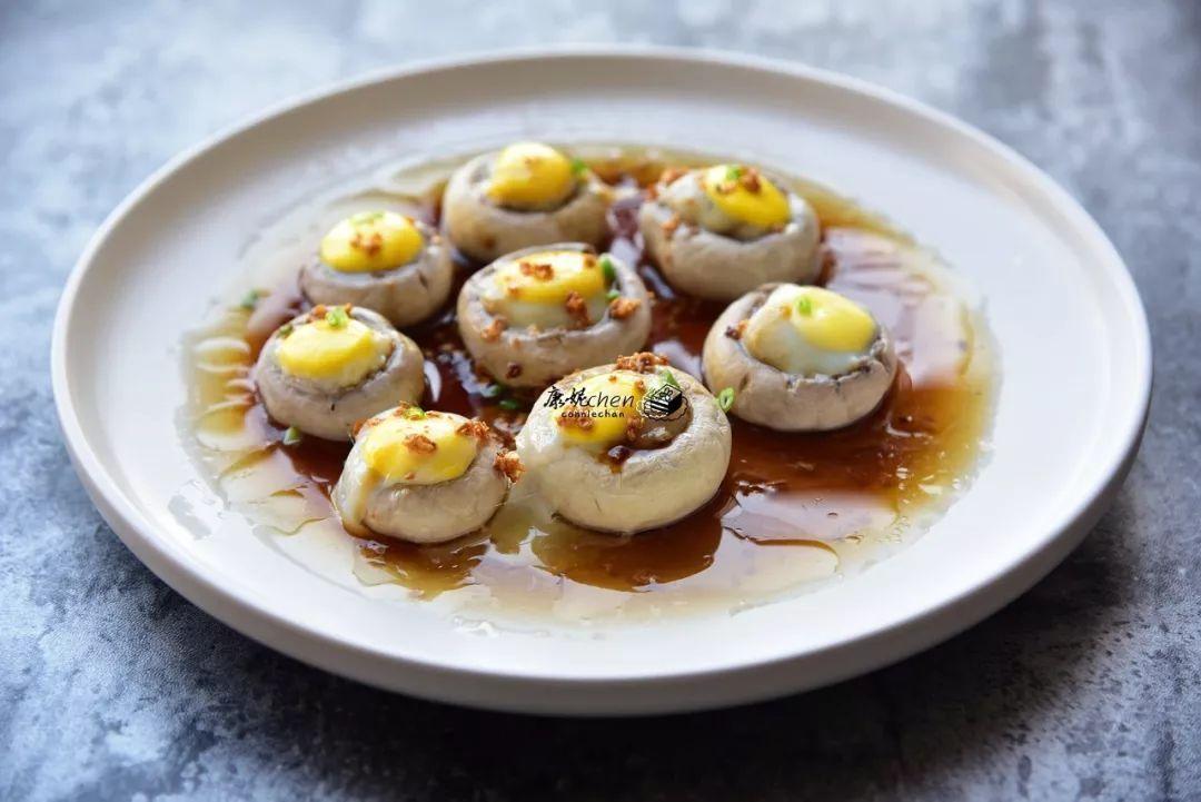 蘑菇蒸鹌鹑蛋