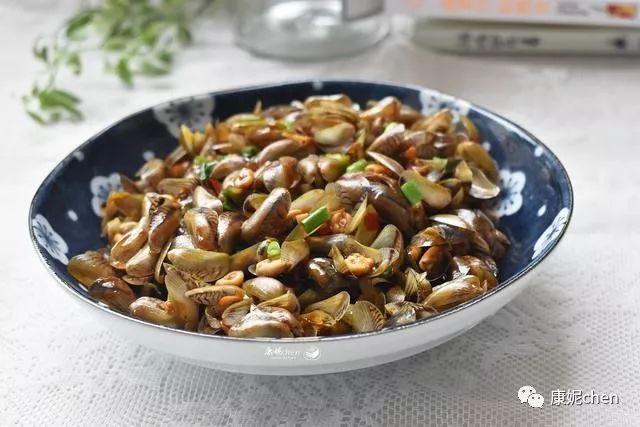 爆炒海瓜子:秋天必吃的海鲜清单