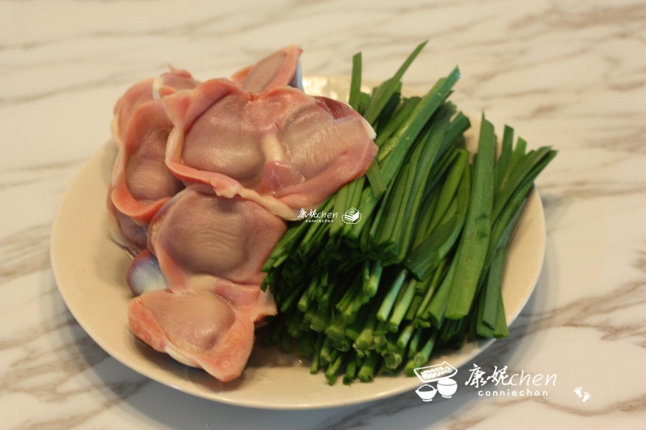 韭菜别只炒蛋了,炒了这盘,爽脆可口,健胃促进消化,孩子吃补锌