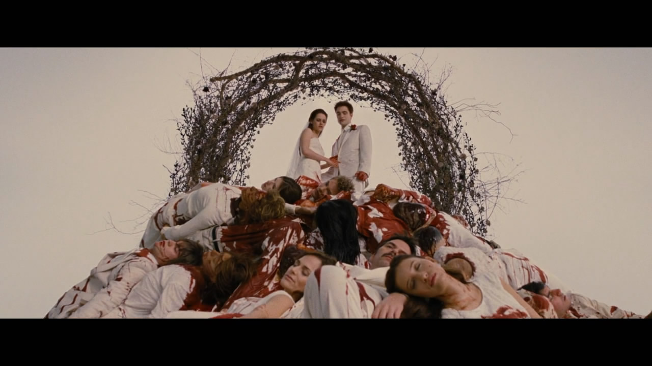 2011爱情惊悚《暮光之城4:破晓(上)》BD720P.高清中英双字