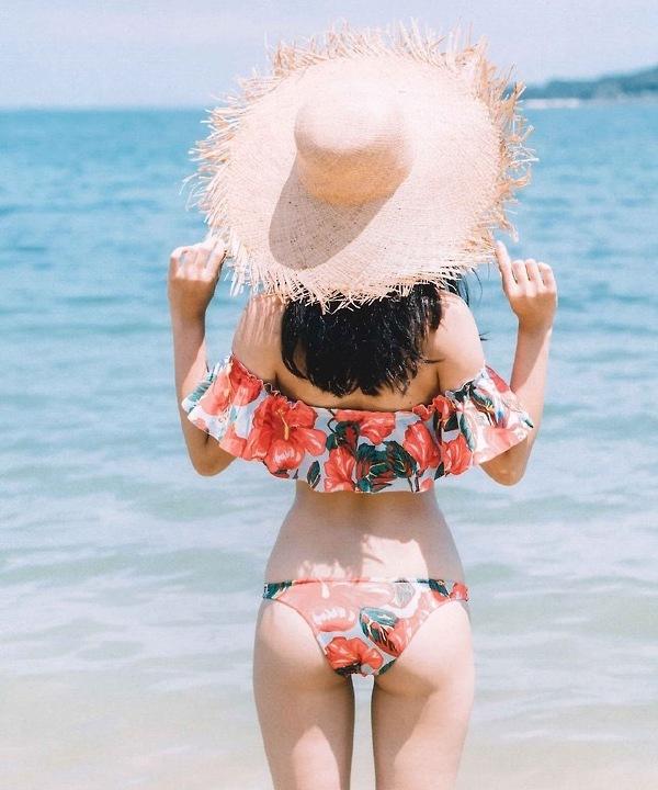 夏天就喜欢呆在海边