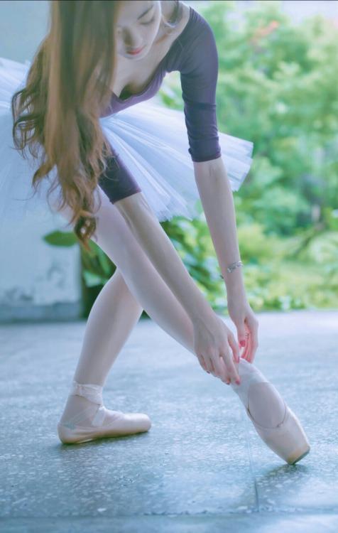 身材真的好 跳舞蹈的女神