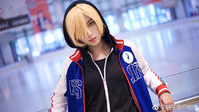 【cos正片】《冰上的尤里》尤里普利塞提 cosplay欣赏 cosplay-第3张