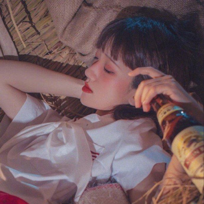 晚安心情语录200117:要趁所有糟糕情绪涌上之前,做一个甜甜的梦