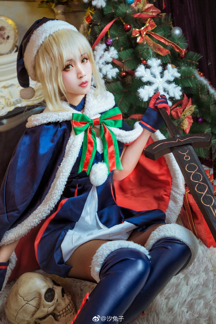 【cos正片】《Fate/GrandOrder》圣诞装 阿尔托利亚·潘多拉贡 cosplay欣赏 cosplay-第6张