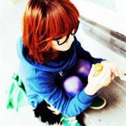 可爱多慕少艾1990微博照片