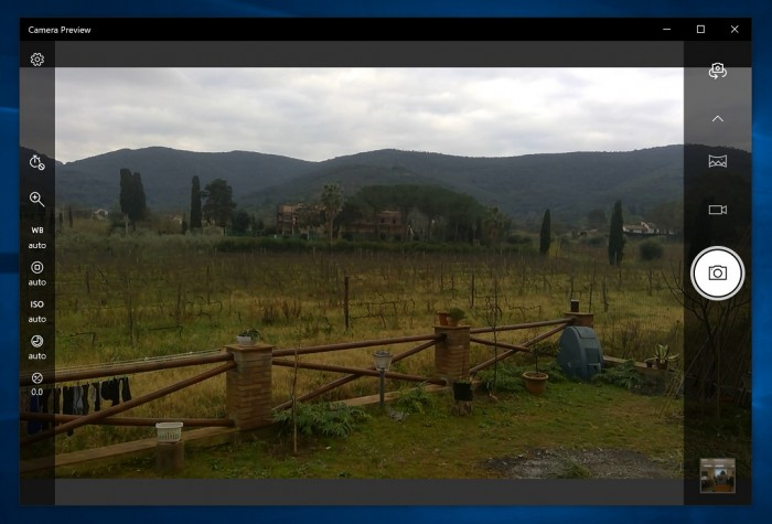 Win10相机UI更新 重新整理拍摄工具栏的照片 - 1