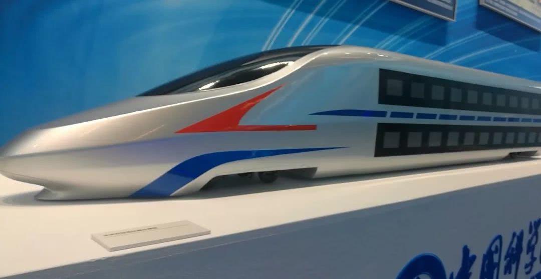 中国未来的双层高铁动车组长这样:跑出时速350公里不是问题的照片 - 2