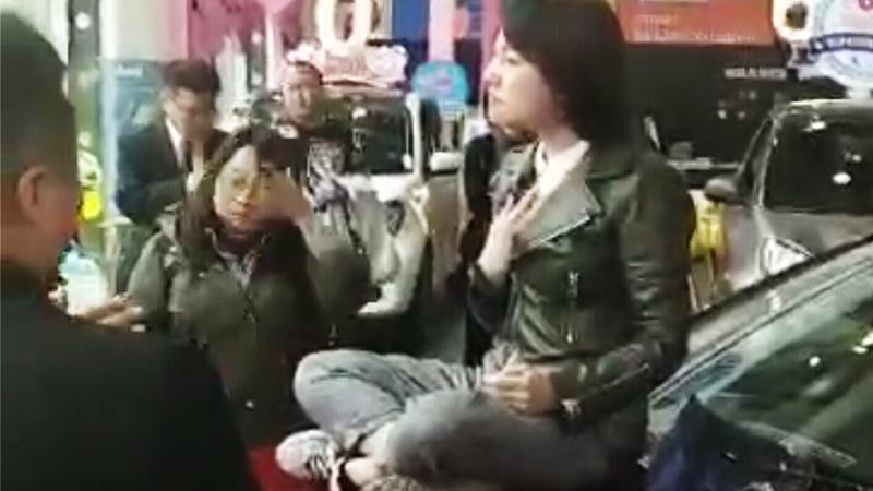 央视欲采访奔驰4S店:交涉3小时被拒