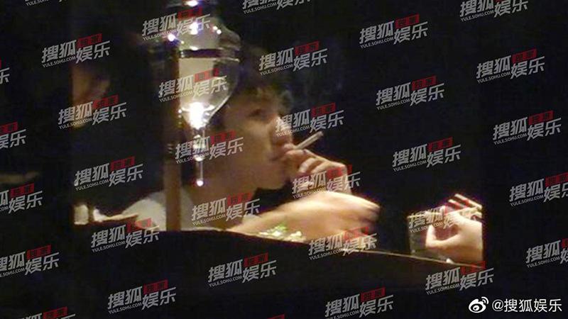 TFBOYS王源就抽烟道歉:会承担相应的责任并接受处罚的照片 - 1