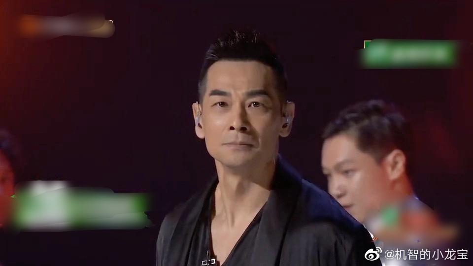 影视资讯赵文卓像混入夜店的卧底警察。