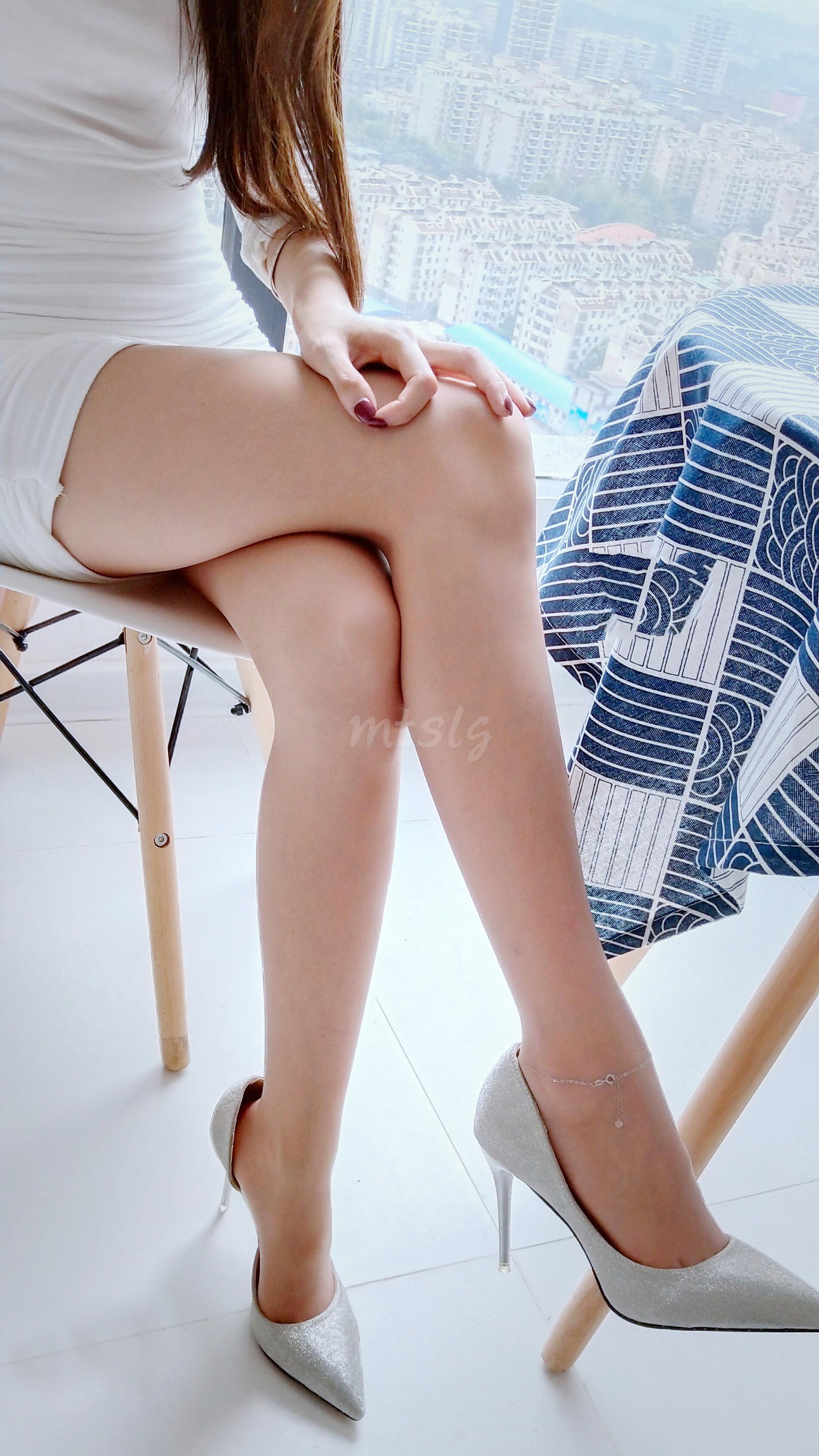 大长腿小姐姐 这双腿太美了 妹子