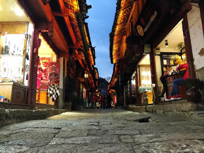 青岛到丽江旅游-青岛到丽江旅游团大约需要3天的时间?