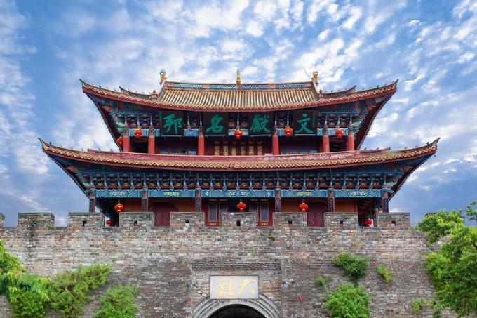 大庆到丽江的旅游团-我想去丽江。您会推荐一个好的旅游团吗?