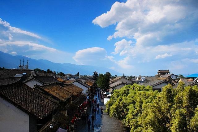 云南丽江旅游7天多少钱-我想在春节期间到云南旅行大约7天。每人多少钱?